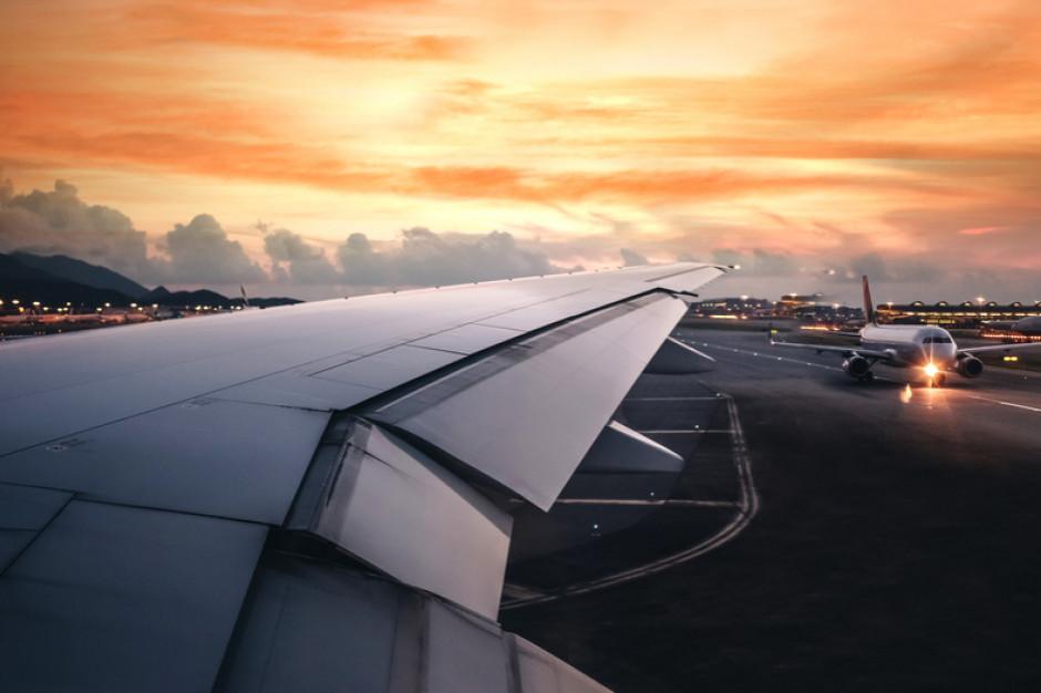 Światowy pasażerski ruch lotniczy spadł o 66 proc.