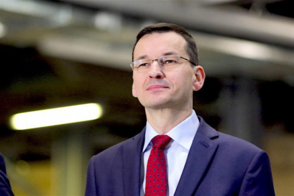 """Morawiecki: trzecia fala w Polsce łagodniejsza.  Ale trzeba """"jeszcze wytrzymać""""!"""