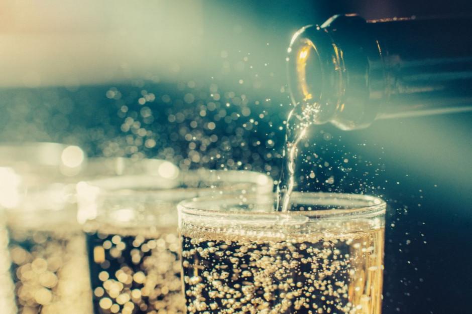 Łódź zwolni restauratorów z opłaty za koncesję za alkohol