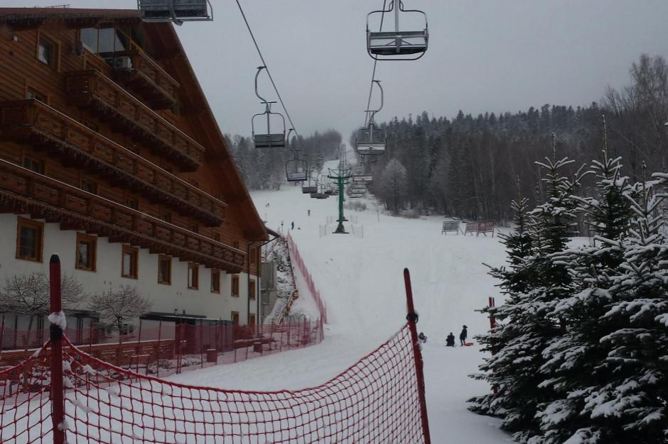 Stoki i hotele warunkowo otwarte do 28 lutego
