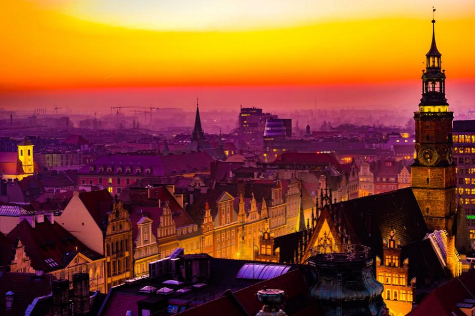 Karpacz i Wrocław wśród ulubionych miejsc turystów odwiedzających region