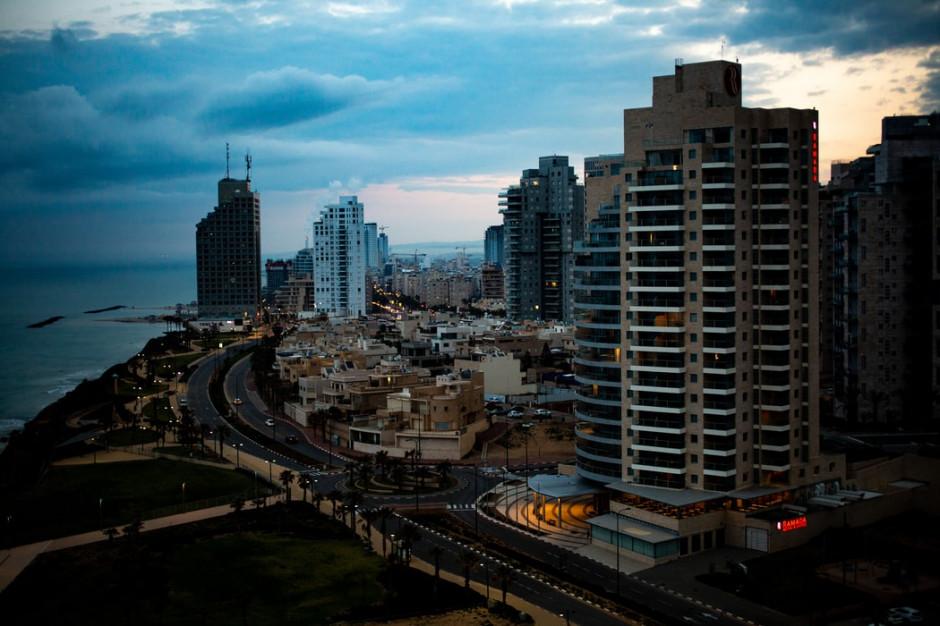 Izrael otwiera hotele