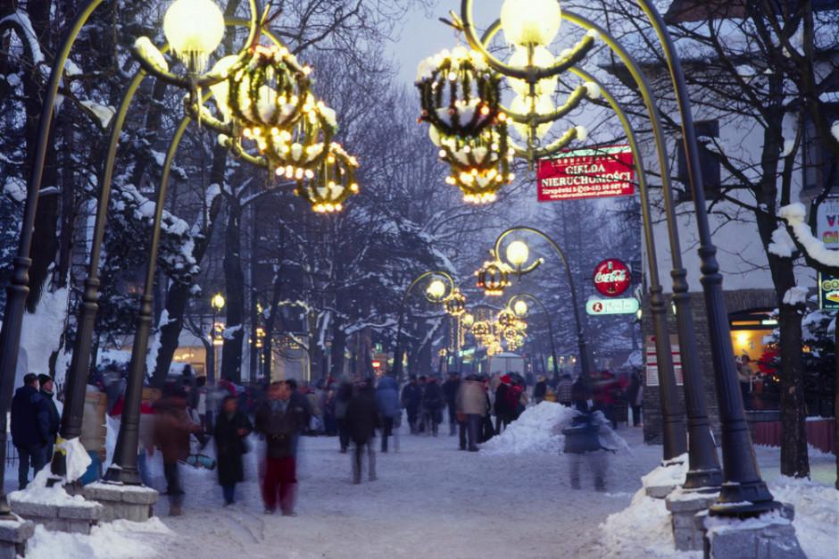 Turyści wracają spod Tatr. Duże korki na Zakopiance