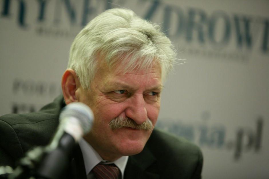 Prof. Horban: Pandemia ustąpi pod koniec maja