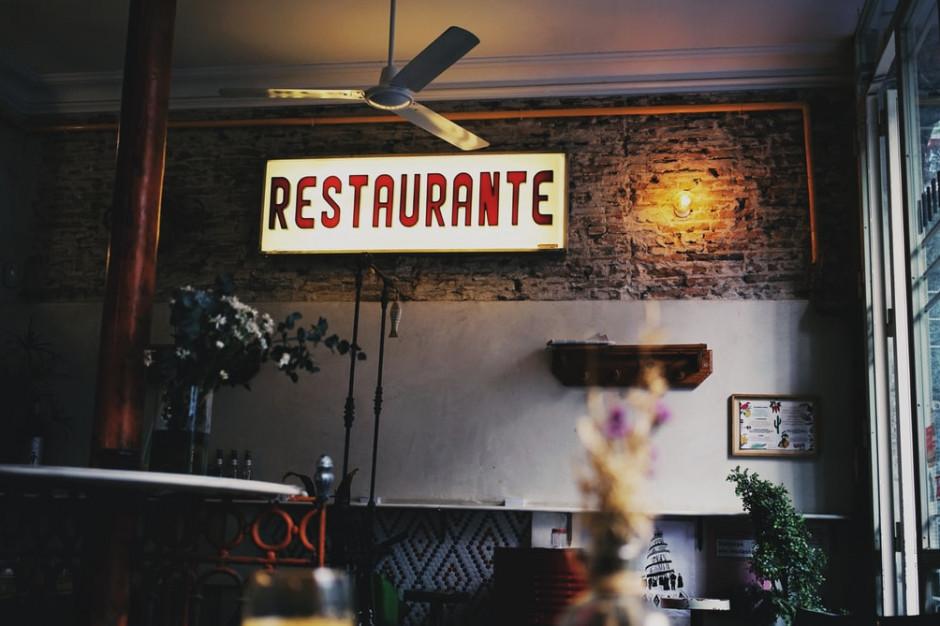 Madryt ogranicza liczbę osób w restauracjach