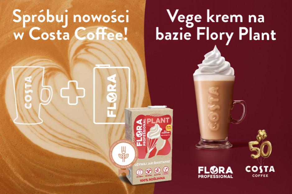 Latte z Vege Kremem na bazie roślinnej śmietanki Flory Plant w Costa Coffee