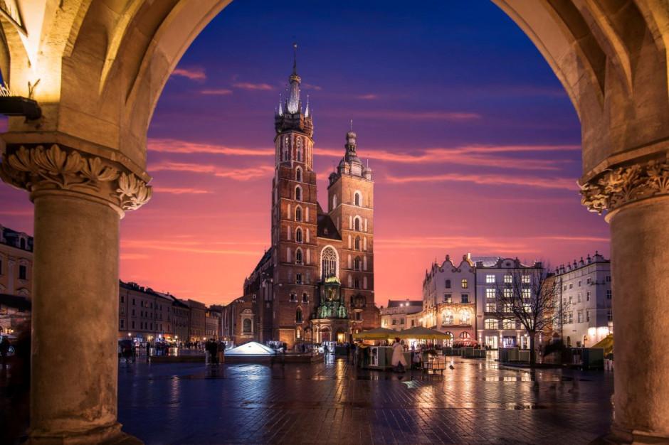Tarcza PFR dla sektora HoReCa. Jakie wsparcie dla Krakowa?