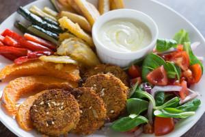 Co trzeci Polak sięga po roślinne zamienniki mięsa