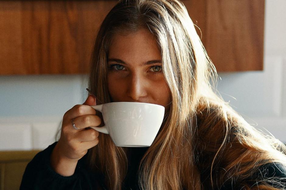 Włochy: restrykcje złagodzone, ale nadal nie można wypić kawy przy barze