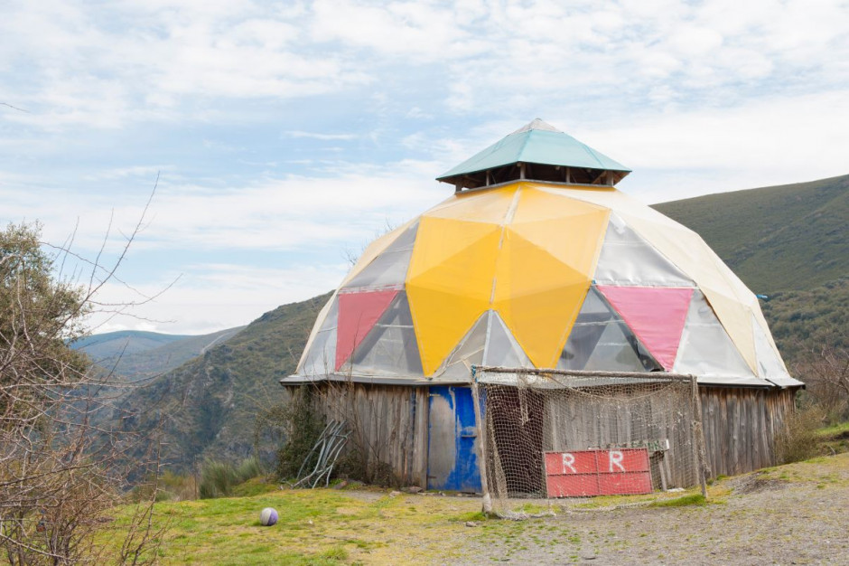Hiszpania: hippisowska osada zyskała na popularności w pandemii