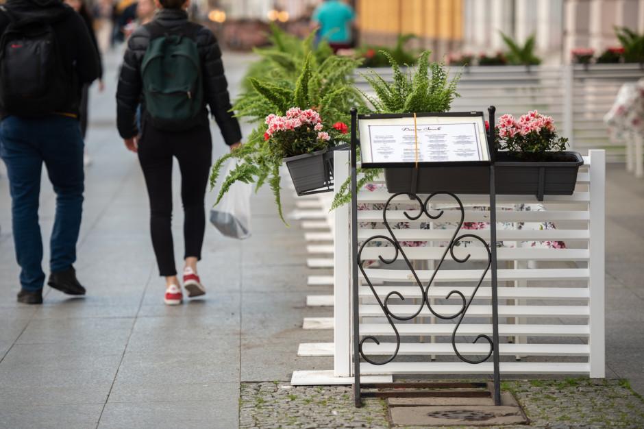 Stołeczni restauratorzy zapłacą mniej za ogródki