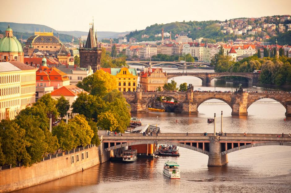 Czechy: Od 17 maja otwarcie ogródków i tarasów restauracji
