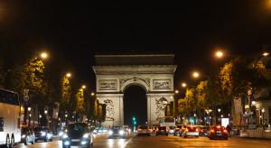 We Francji otwarcie tarasów i ogródków w restauracjach