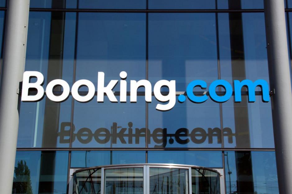 Booking.com dostał od państwa 100 mln euro. A zarząd 28 mln premii
