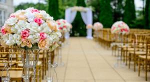 Rząd zwiększa limit osób na weselach
