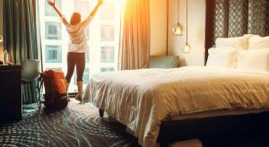 Restauracje i hotele mogą przyjmować więcej gości