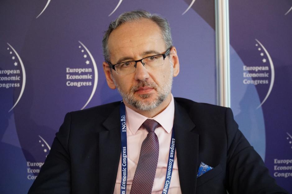 Niedzielski: pobrano blisko 7 mln Unijnych Certyfikatów Covid