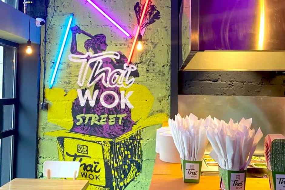 Thai Wok wychodzi z galerii na ulice