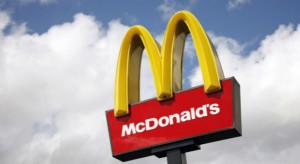 Szczepienia przeciwko COVID-19 w McDonald's