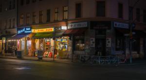 Niemcy: Klienci baru wyrzuceni za brak maseczek, wrócili z odwetem