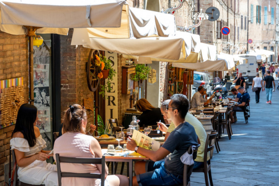Włochy: pierwszy weekend z przepustkami Covid-19