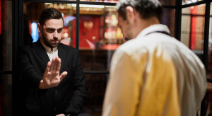 Włochy: Właściciele lokali nie mogą sprawdzać dowodów tożsamości