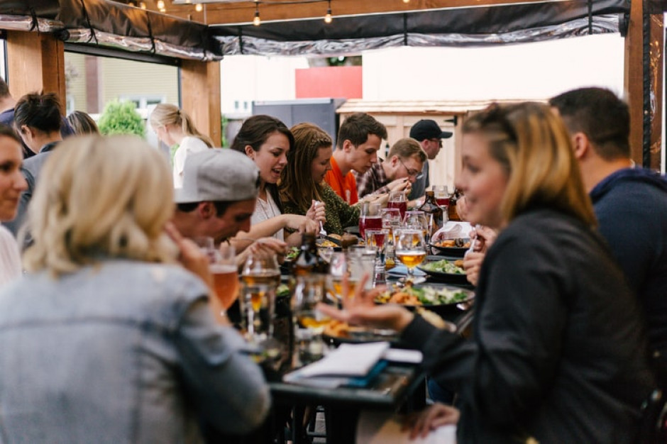 77,5 proc. restauratorów i hotelarzy spodziewa się wzrostu sprzedaży