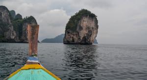 Tajlandia i Wietnam przedłużają lockdown. Lambda na Filipinach
