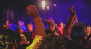 Włochy: Po pięciu dniach policja przerwała nielegalne rave party
