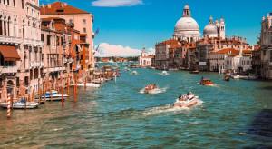 Rekordowa liczba Włochów została w kraju na wakacje