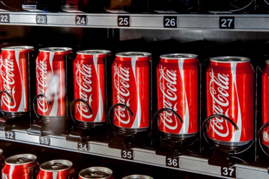 Coca-Cola rezygnuje z folii w wielopakach. Zastąpi ją papier