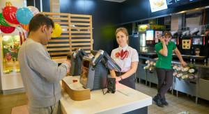 McDonald's: restauracja zachęca do pracy nastolatków