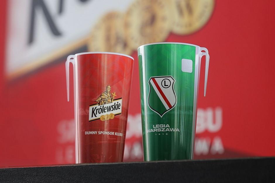Legia Warszawa wprowadza na stadionie klubowe ekokubki