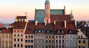 Liczba przyjazdów turystycznych do Warszawy skurczyła się o 2/3