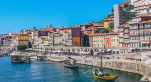 Portugalia luzuje obostrzenia, otwiera dyskoteki i bary