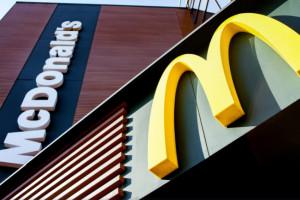 Chiny naciskają na McDonald's, by restauracje testowały cyfrowego juana